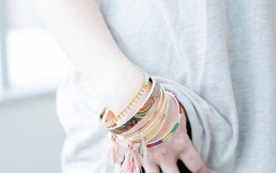 O czym pamiętać, jeśli chcesz modnie korzystać z biżuterii?